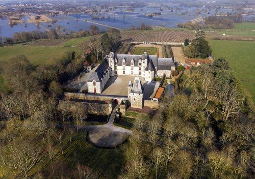 6 nhà máy rượu vang lâu đời nhất trên thế giới