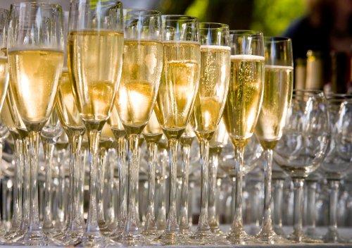 Tất tần tật thông tin hữu ích về rượu Champagne - Phần 1