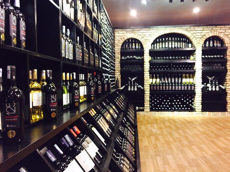 Mua rượu vang đỏ ở đâu uy tín, chính hãng,giá tốt tại Hà Nội